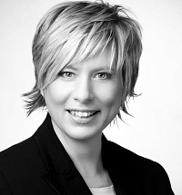 astrid gr f bernimmt leitung corporate marketing pr bei adco. Black Bedroom Furniture Sets. Home Design Ideas